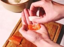 Nigiris sushis étape 2
